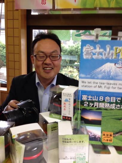 静岡新聞の取材